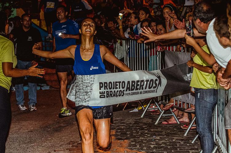 Santa-Marta-de-Bracos-Abertos, corrida de rua, projeto de braços abertos, corrida nuturna, night run, x3m,  sportsession, agência fotografica, cobertura fotografica esportiva,  fotografia esportiva