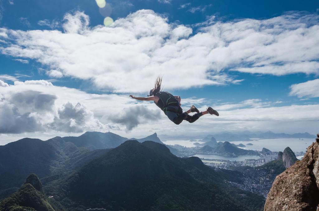 base jump, BASE, julia botelho, pedra da gávea, fotografia extrema, esporte extremo, sportsession, cobertura fotográfica, agência fotográfica, esporte outdoor,fotografia esportiva,